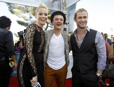 Actors Banks, Hutcherson and Hemsworth arrive at the 2012 MTV Movie Awards in Los Angeles