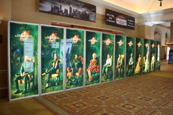 Catching-Fire-Hunger-Games-theater-display-1-600x400